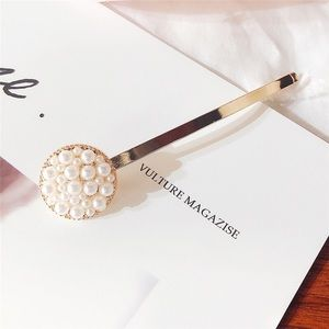 New! Large Round Pearl Cluster Gold Hair Pin!